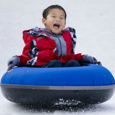 snow-tubing-kid-400